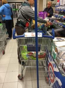Einkauf mit Superman.
